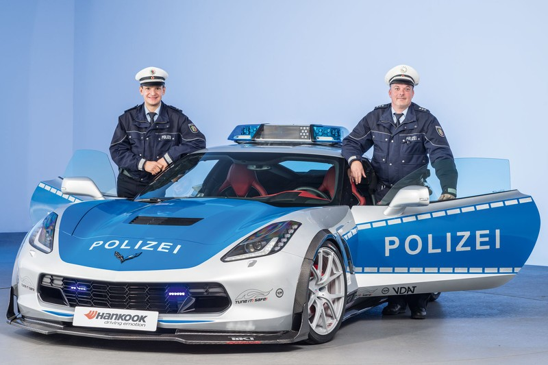 Self Driving Car >> Chevrolet Corvette Police Car by TUNE IT! SAFE! Is Law and ...