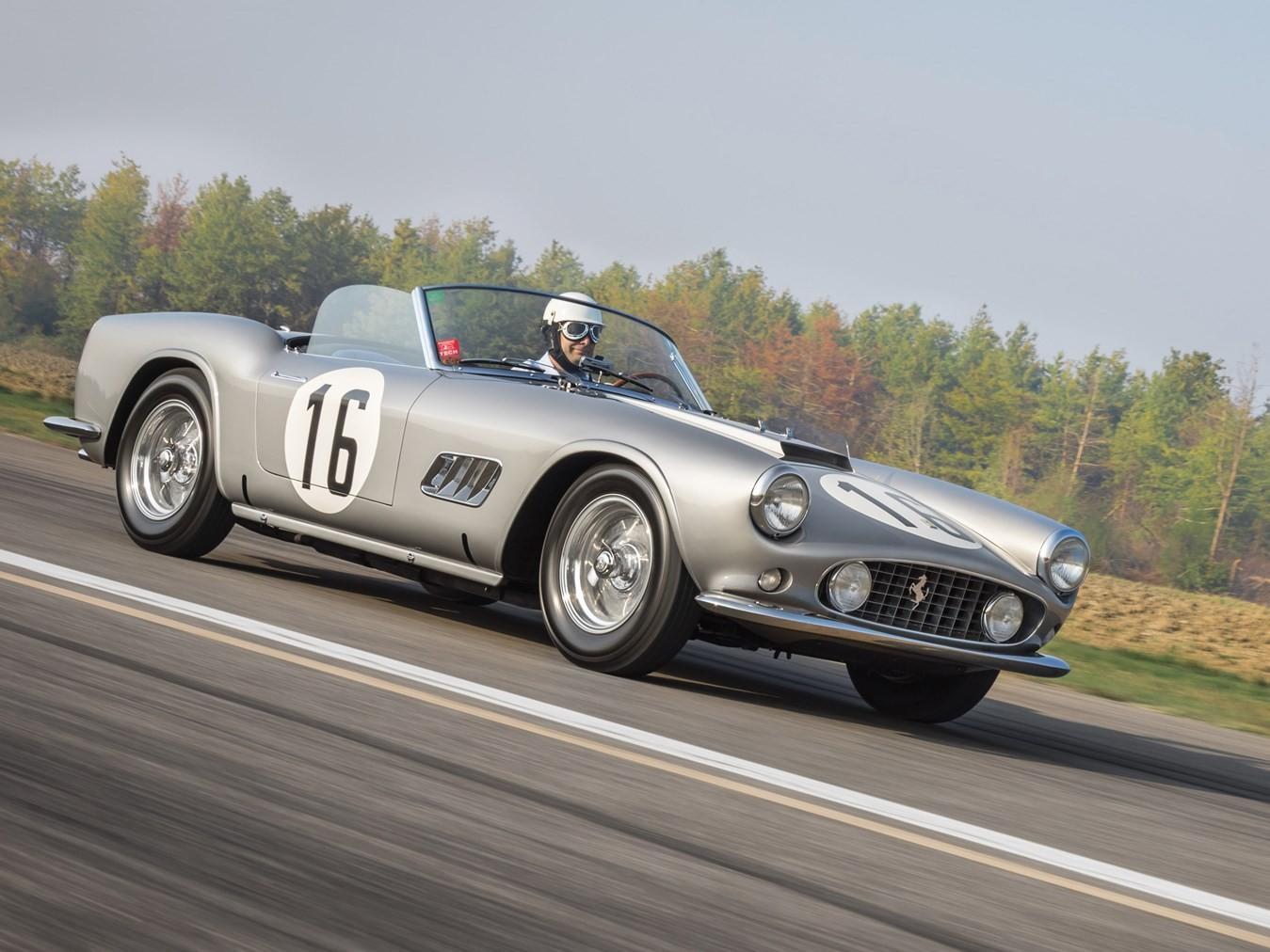Ferrari FF Gets Four Doors in New Rendering - autoevolution