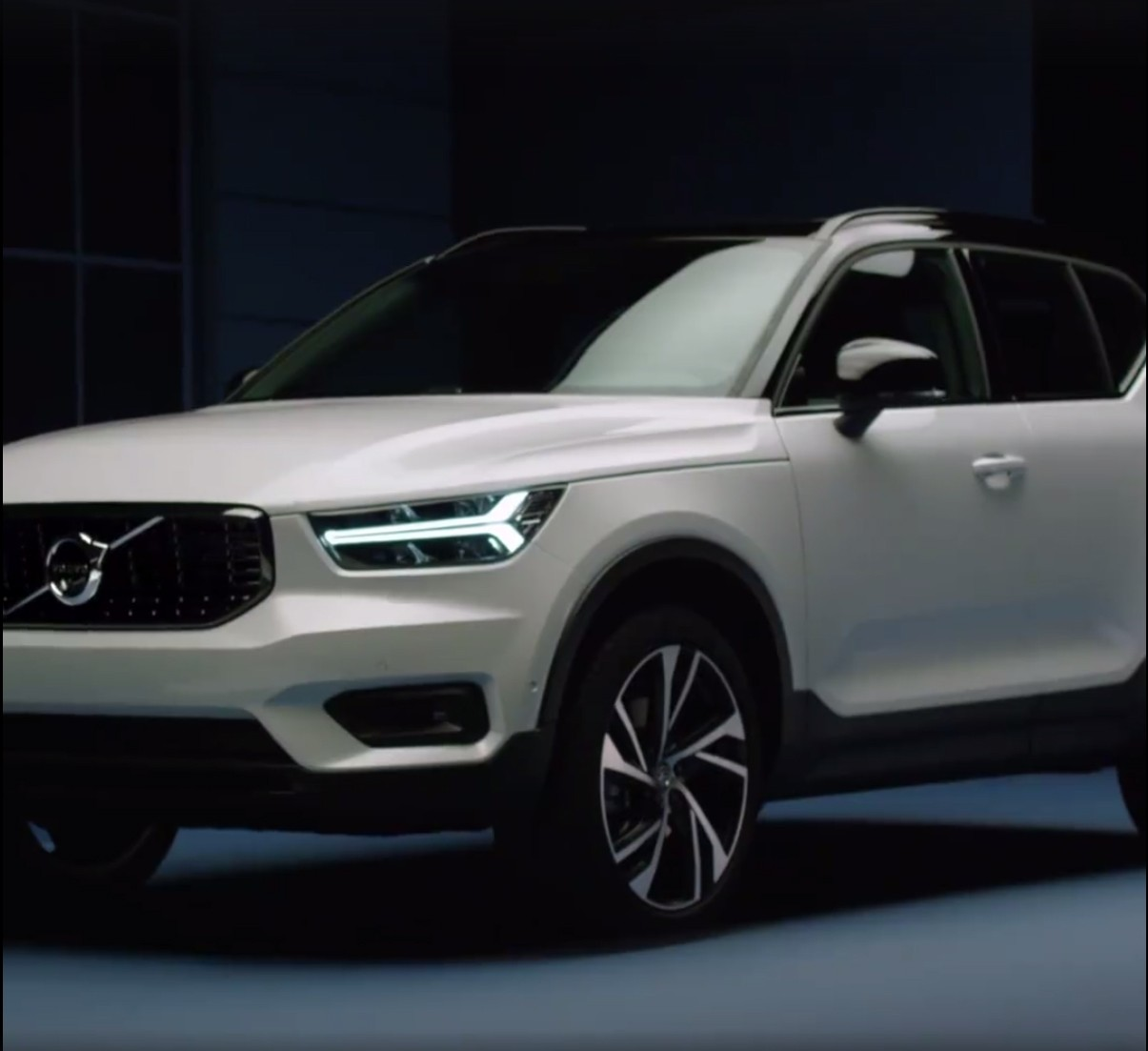 2018 volvo t5. delighful volvo leaked 2018 volvo xc40 t5 twin engine phev  in volvo t5