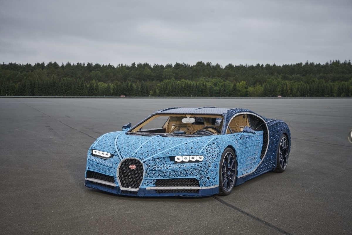 lego unveils full size driveable bugatti chiron. Black Bedroom Furniture Sets. Home Design Ideas