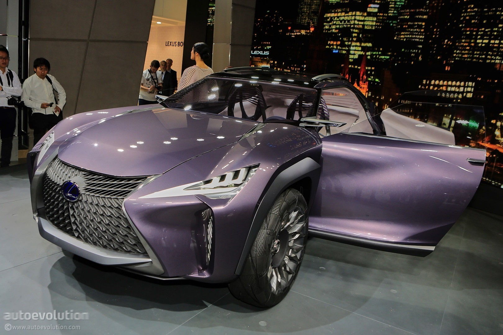 Lexus Hybrid Suv >> Lexus CT200h Expected To Be Replaced by UX Crossover - autoevolution