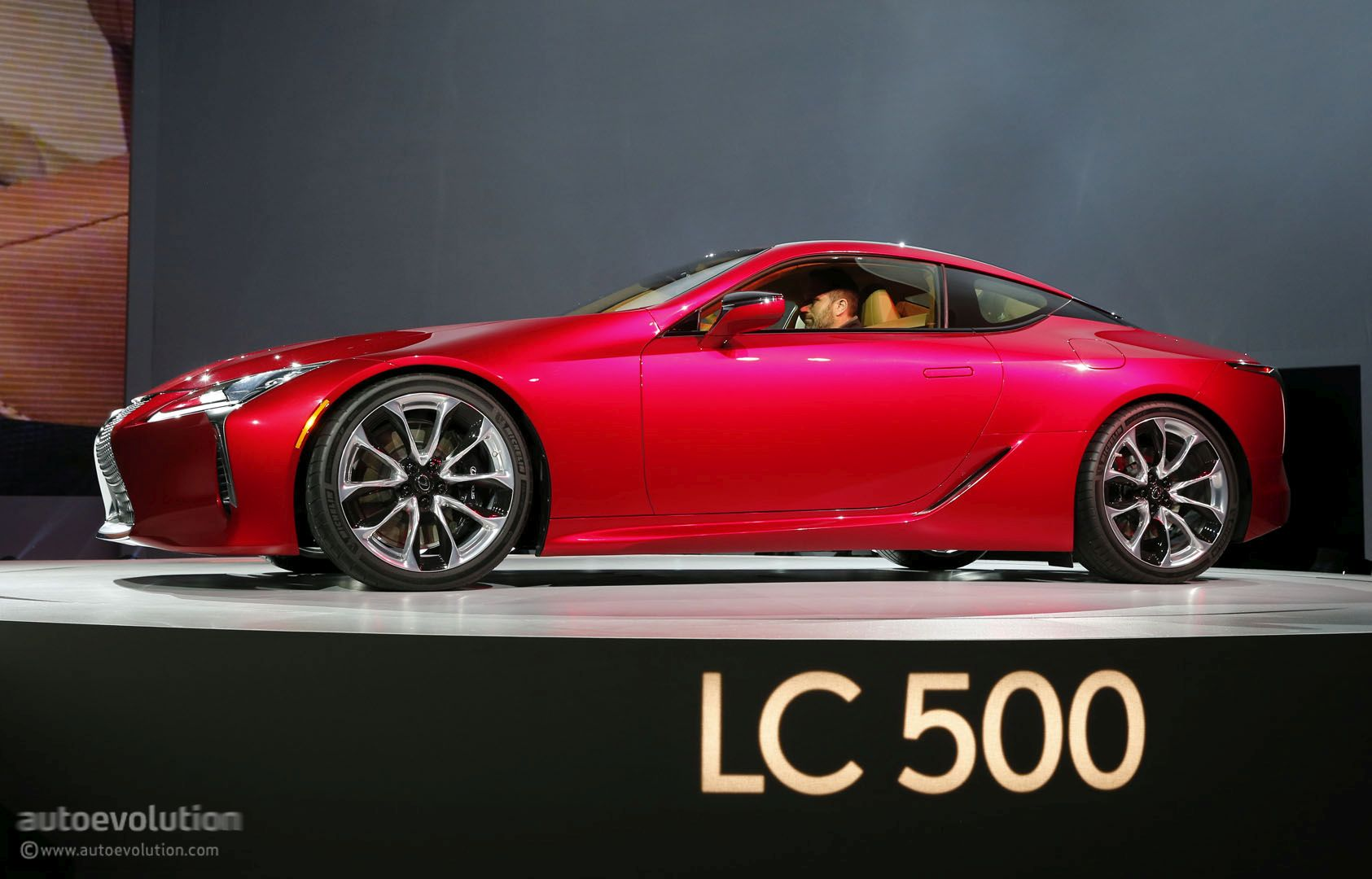Funky Lexus Lc 500 Receives 2016 Eyeson Design Awards