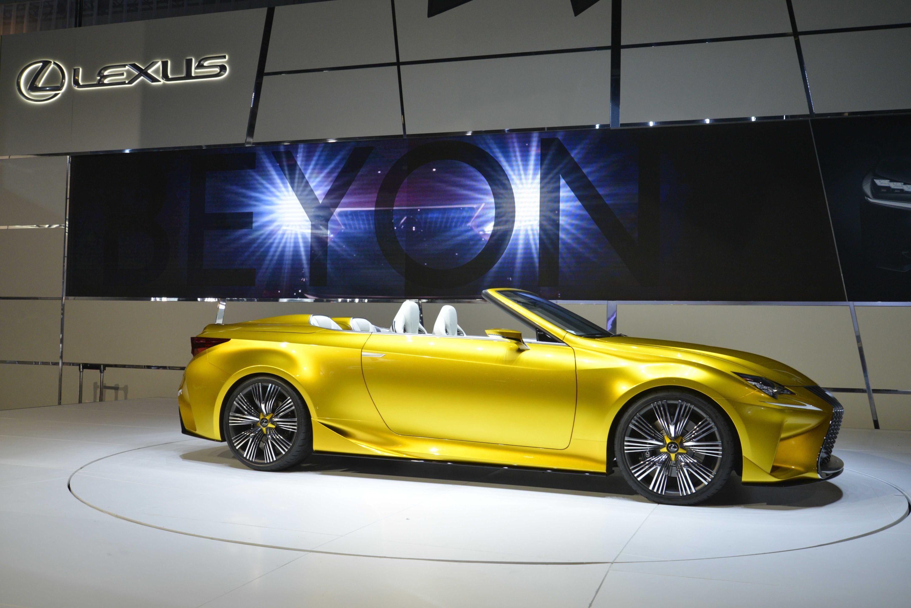 Lexus LF-C2 Shows Off Its Radical Shapes at LA Auto Show [Video ...
