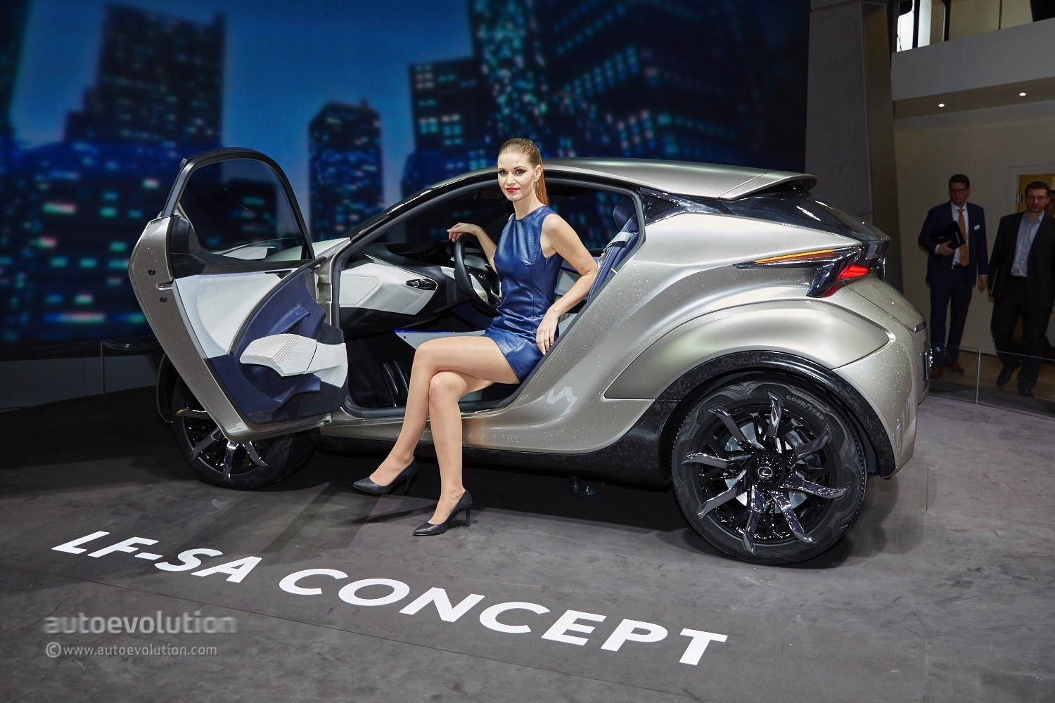 https://s1.cdn.autoevolution.com/images/news/gallery/lexus-lf-sa-concept-looks-ready-to-eat-minis-and-audi-a1s-in-geneva-live-photos_1.jpg