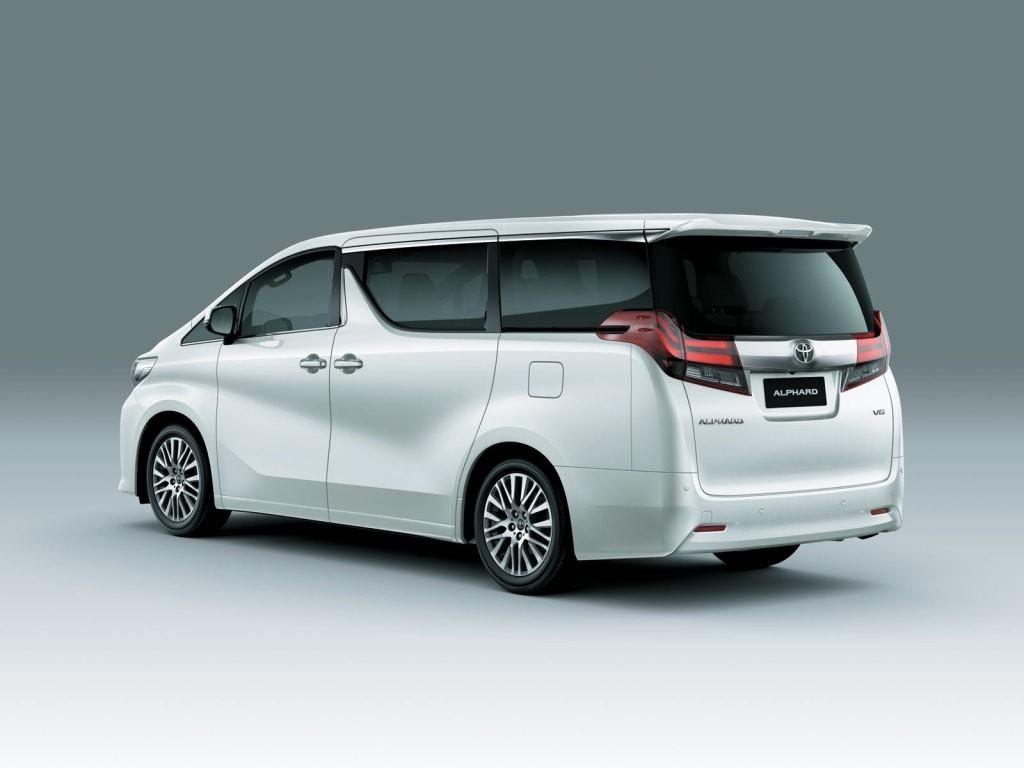 2020 Lexus Lm Looks Extremely Similar To The Toyota Alphard Autoevolution