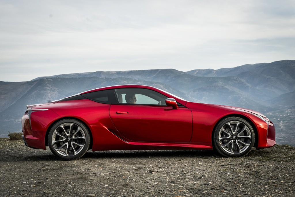 lexus president says lc convertible is possible lc f also. Black Bedroom Furniture Sets. Home Design Ideas