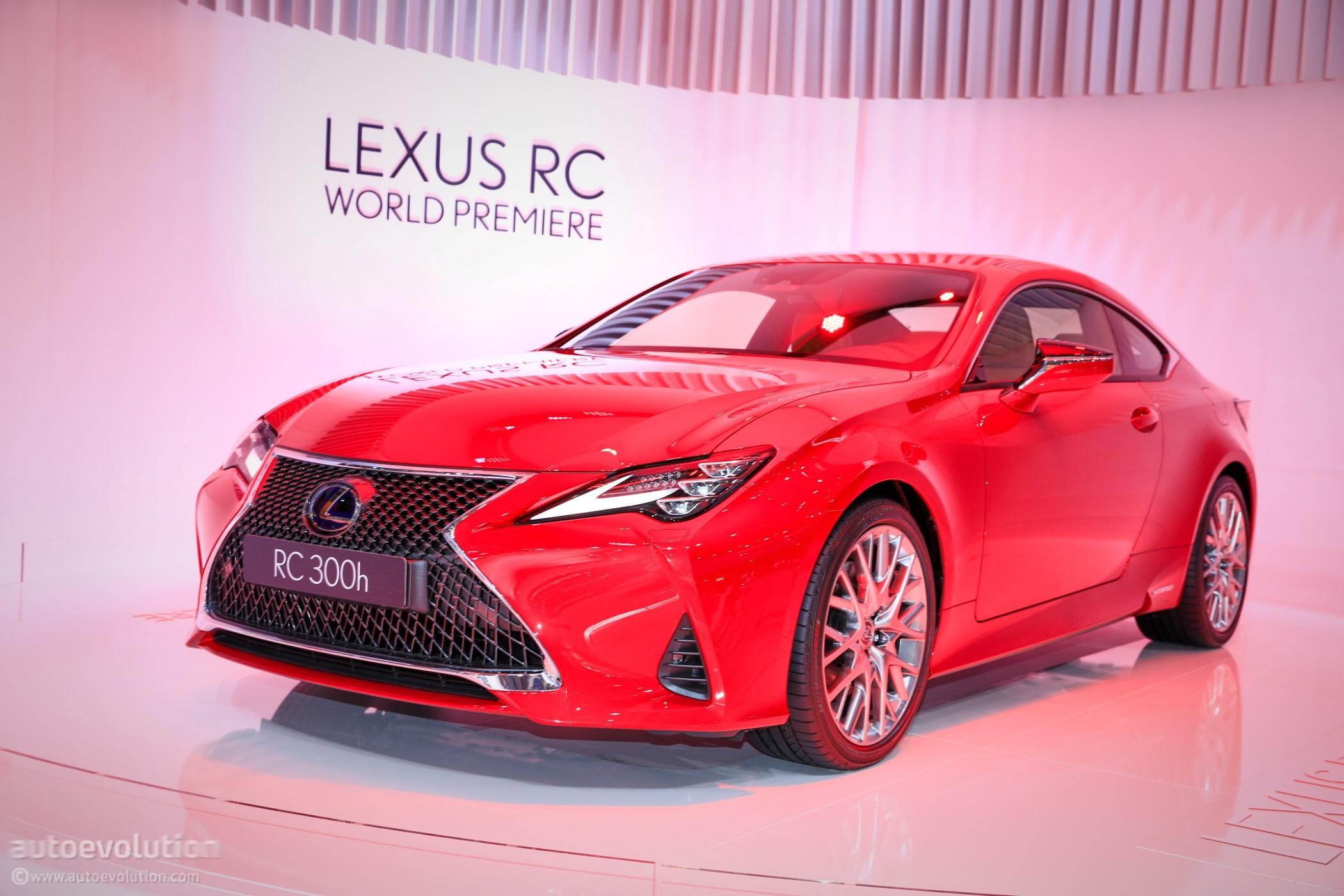 Rc Car News >> 2019 Lexus RC 300h Seems Lonely in Paris - autoevolution