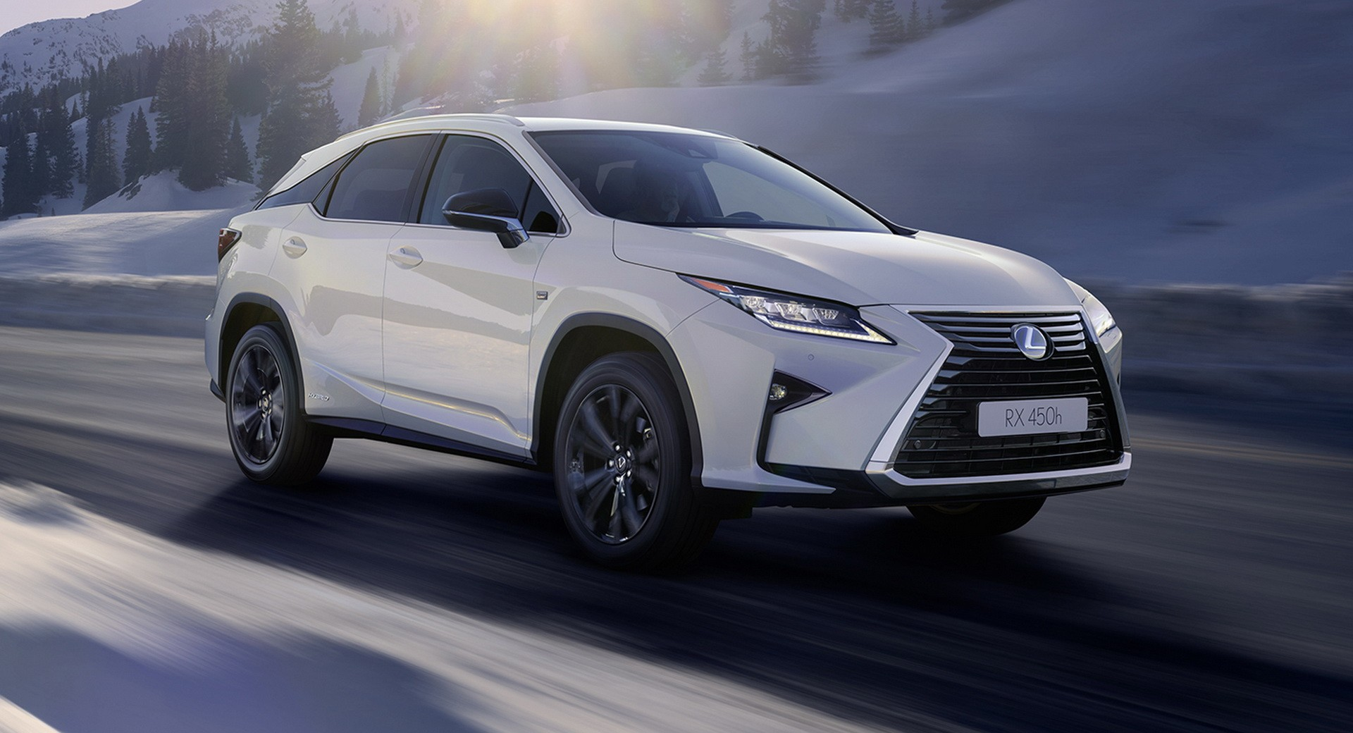 https://s1.cdn.autoevolution.com/images/news/gallery/lexus-rx-450h-sport-edition-launched-in-britain_7.jpg