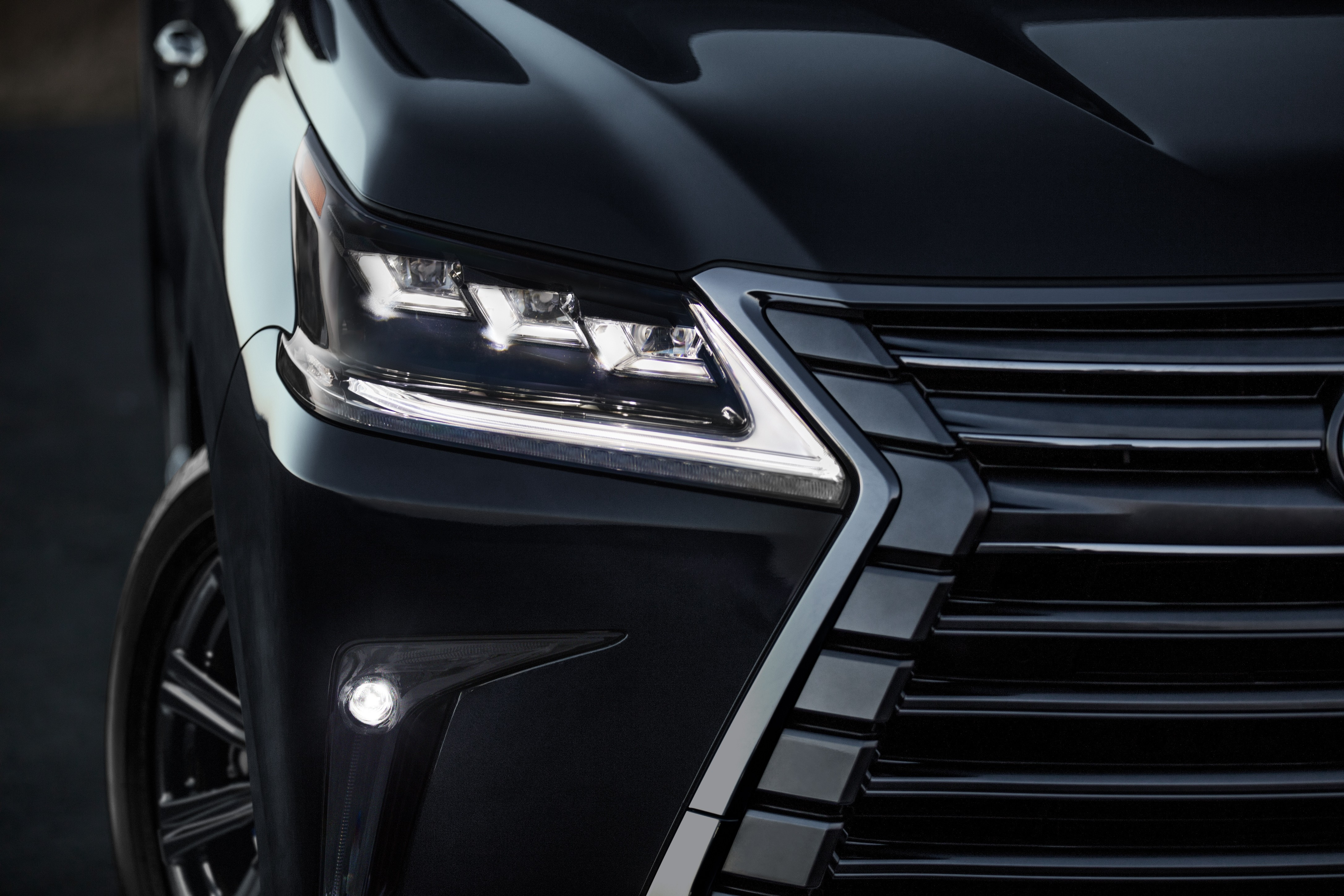 lexus updates lx 570 luxury suv with new options