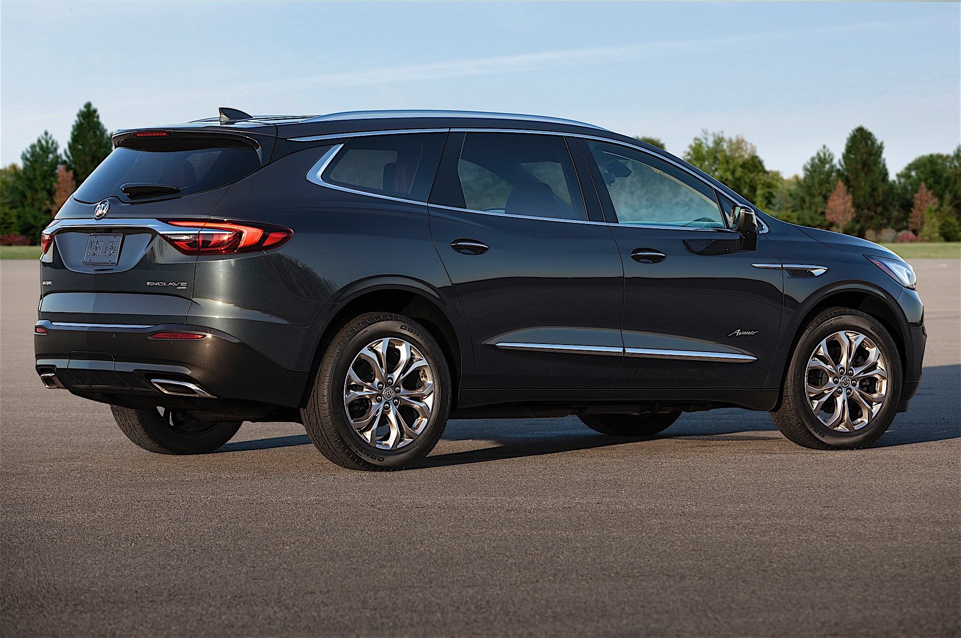 Lfy v6 will debut in 2018 buick enclave 2018 chevrolet traverse autoevolution