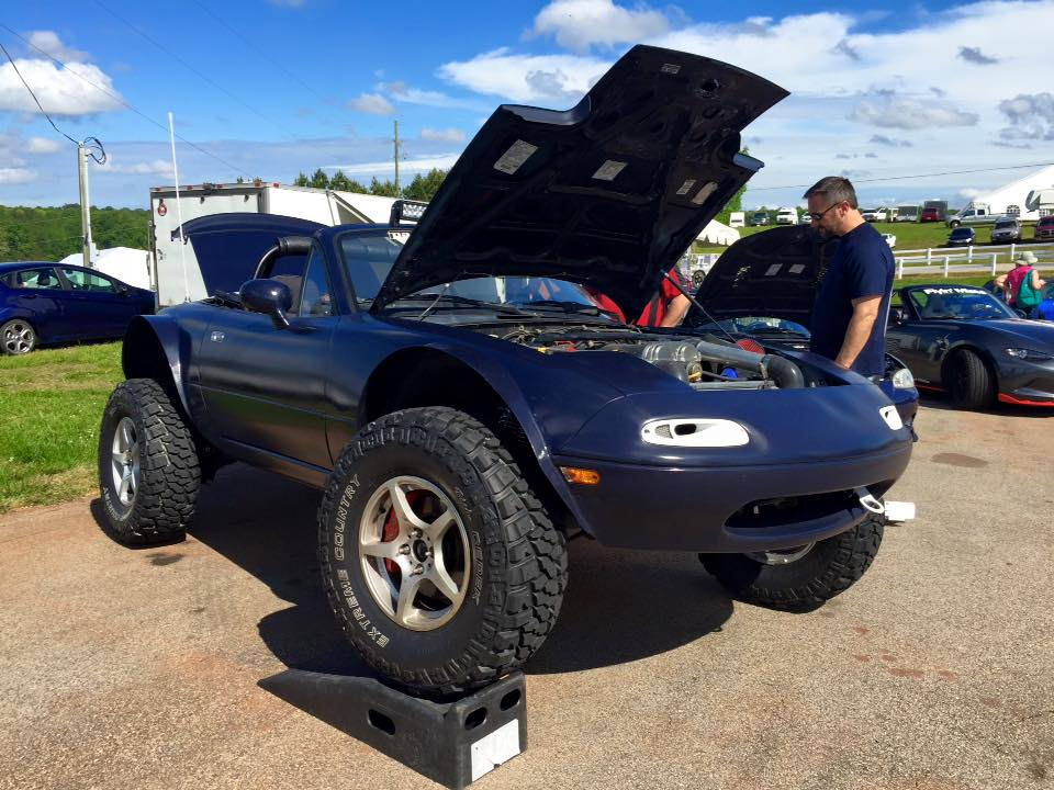 Lifted Mazda Miata Is the Awesome Baja Sportscar ...