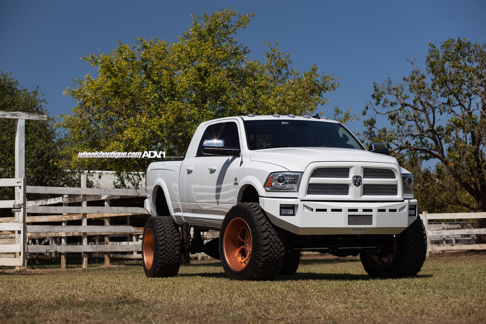 Lifted Ram 2500 On Rose Gold Wheels Meets A Horse Autoevolution 2000 Dodge Starter Wiring Diagram