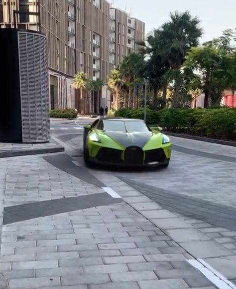 Lime Green Bugatti La Voiture Noire Shows Stunning Spec