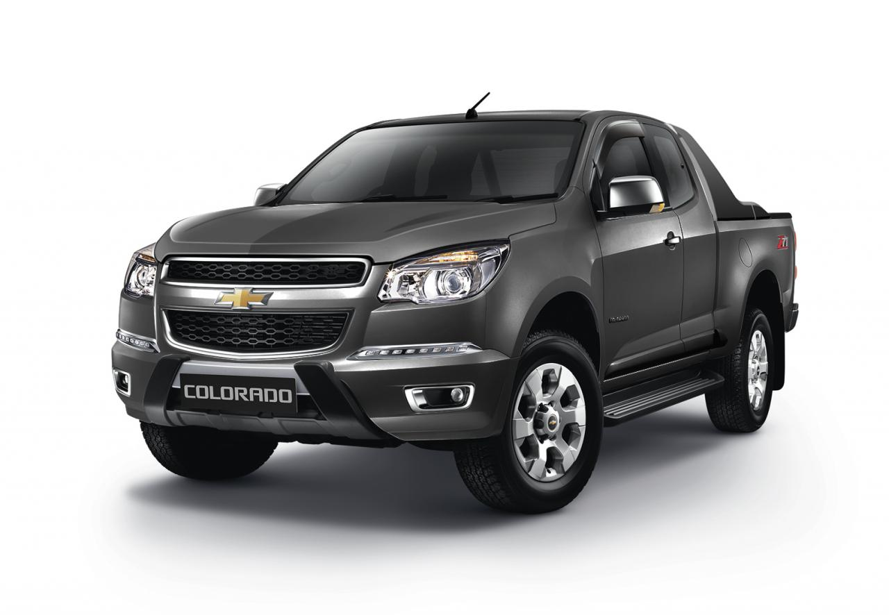 colorado sport chevrolet thailand limited edition truck bangkok unveiled motor pickup autoevolution models