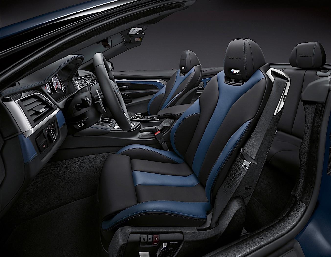 bmw m4 safety car dtm car and m235i racing come together for 14 epic seconds autoevolution. Black Bedroom Furniture Sets. Home Design Ideas
