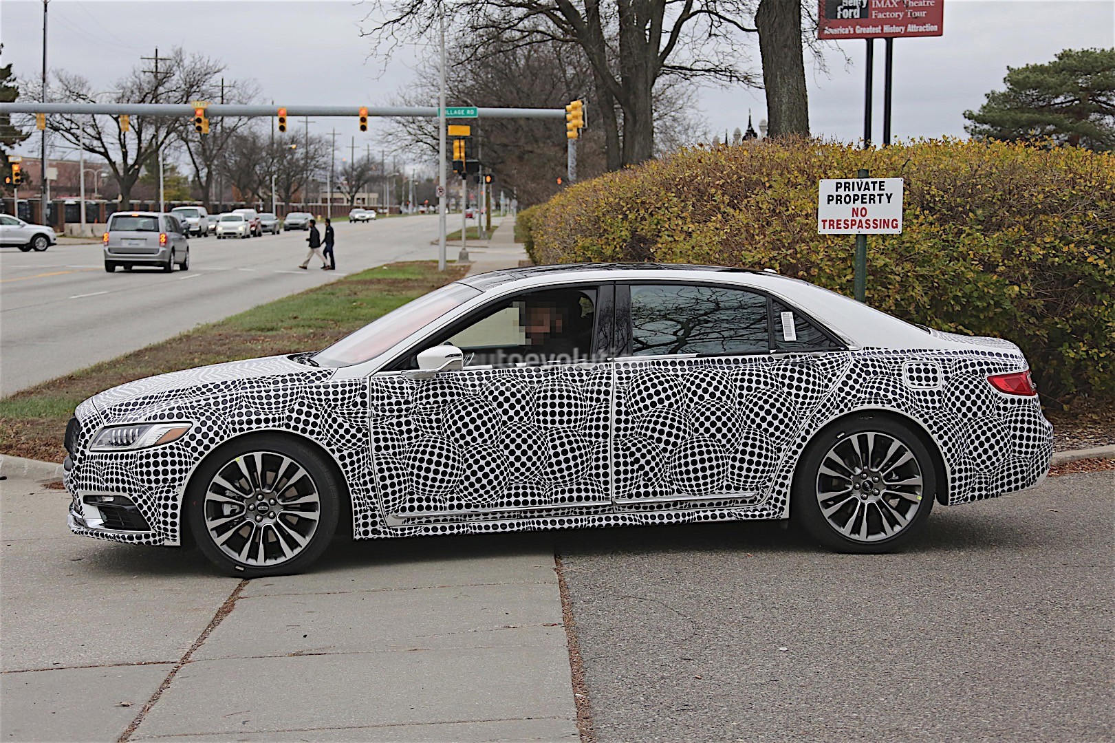 2017 lincoln continental spyshots reveal more details autoevolution. Black Bedroom Furniture Sets. Home Design Ideas