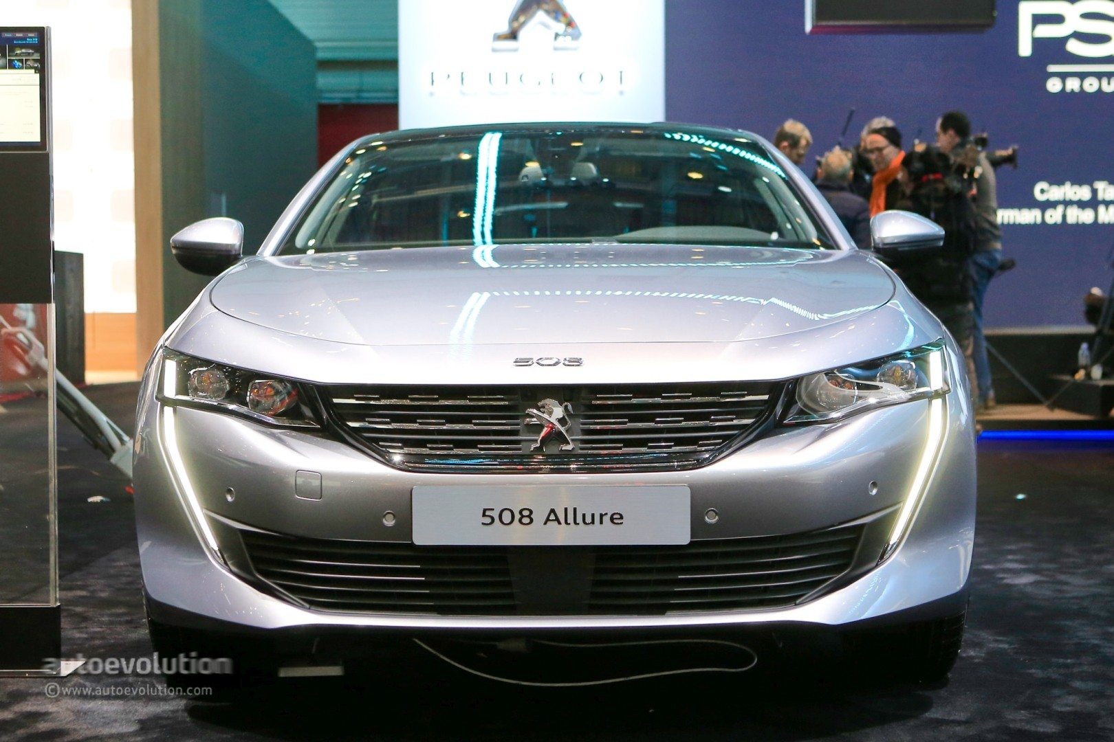 Live: Peugeot 508 First Edition Stuns Geneva with Four ...
