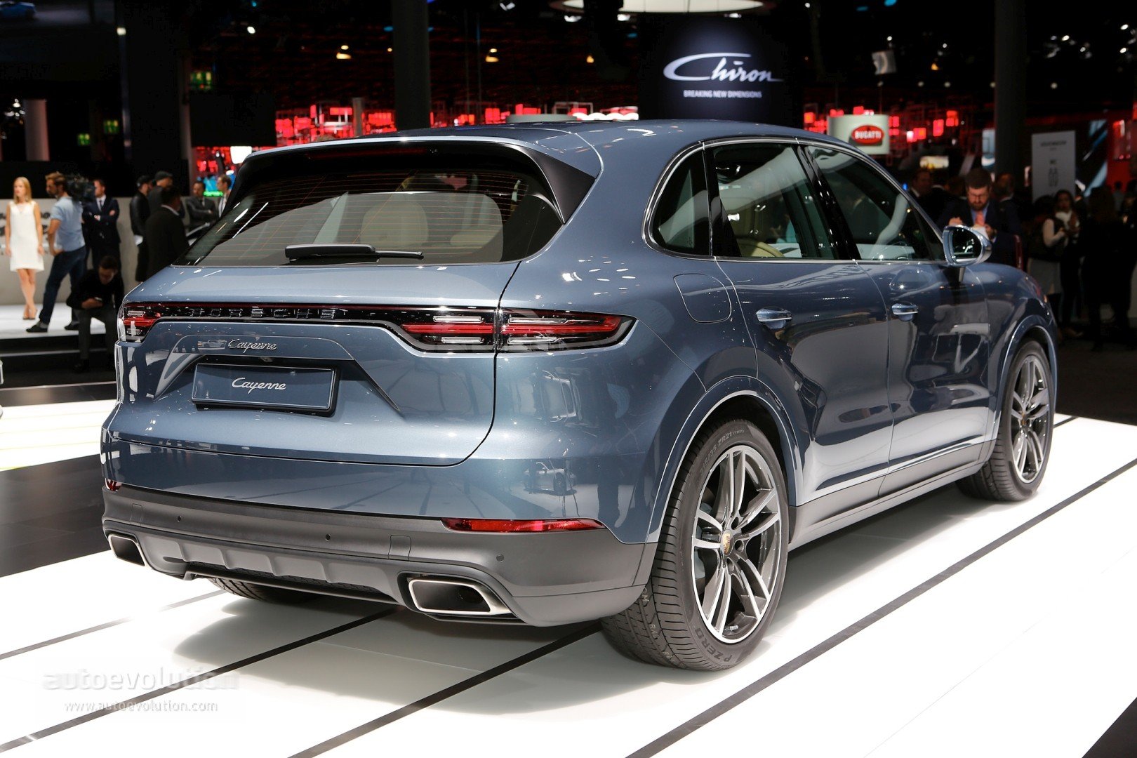 Live Photos 2019 Porsche Cayenne