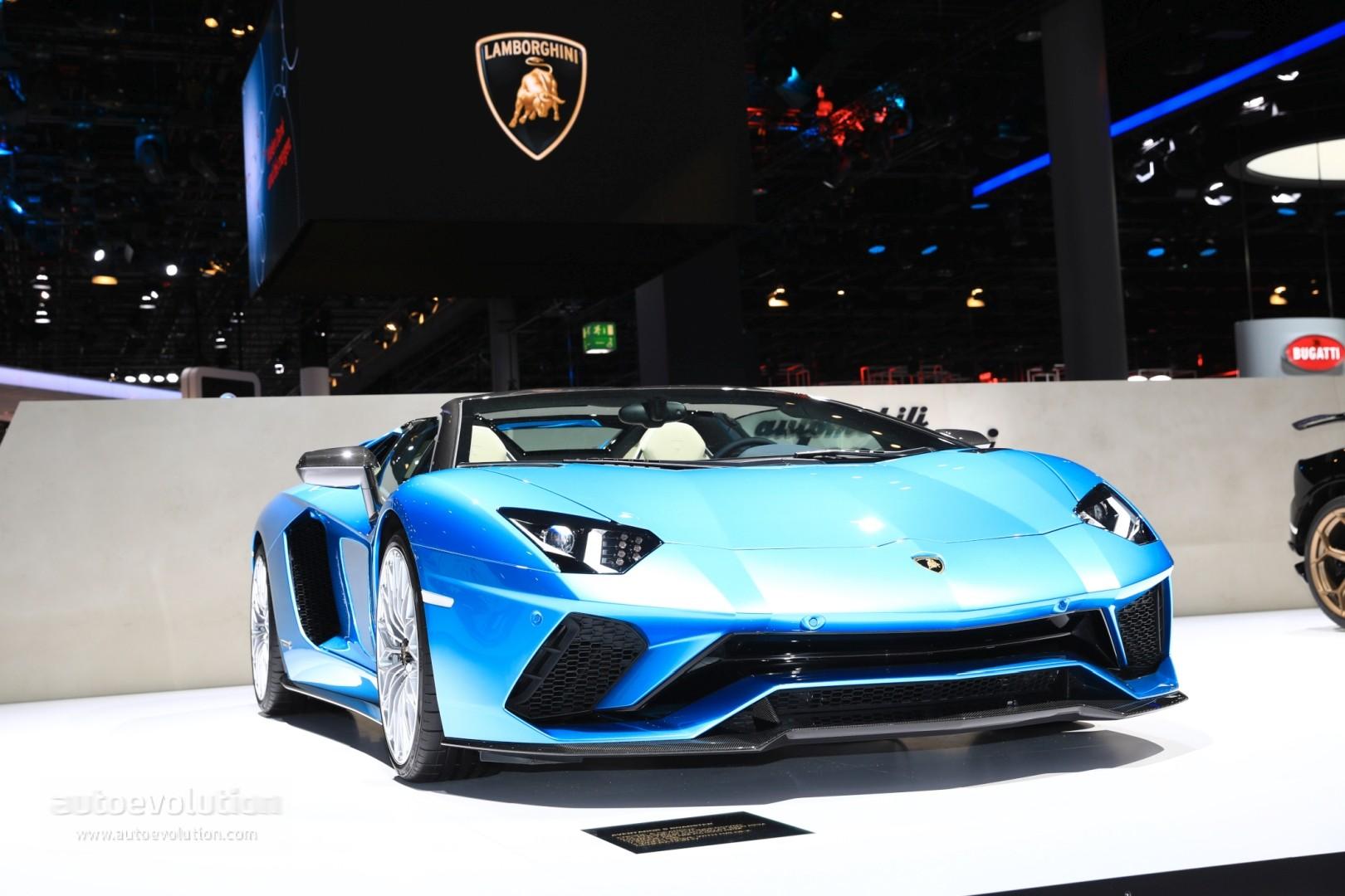 2018 Lamborghini Aventador S Roadster Rendered As The