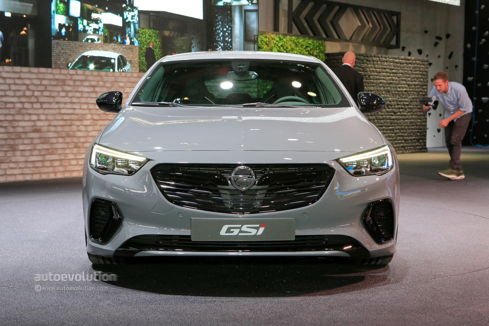 Opel Grandland X Insignia Gsi And Country Tourer Bow In
