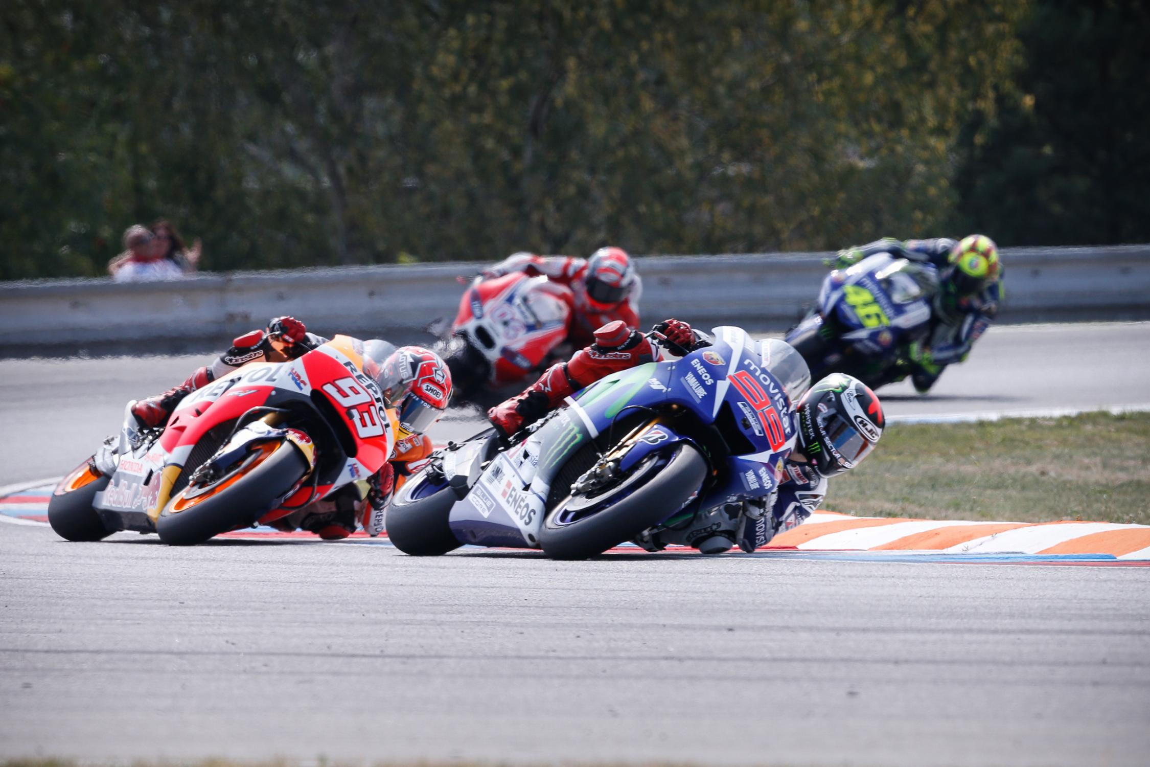 Circuito Brno Motogp : Lorenzo breaks brno track record to claim authoritative win