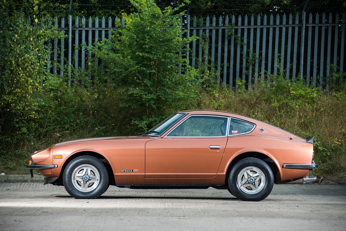 low mileage datsun 260z looking for a new owner autoevolution. Black Bedroom Furniture Sets. Home Design Ideas