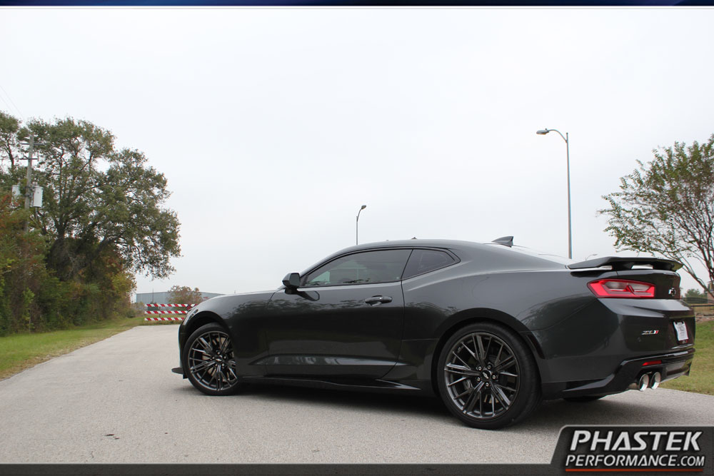 First Lowered 2017 Chevrolet Camaro Zl1 Looks The Part