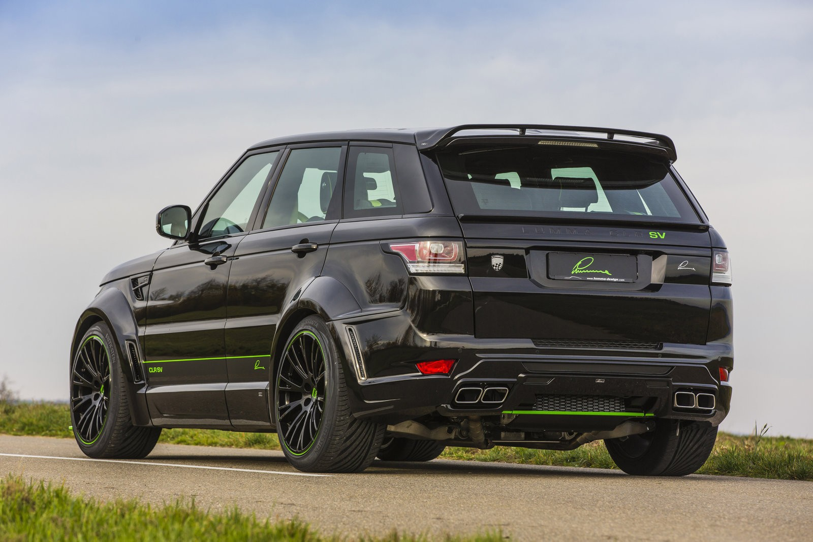 Lumma Design CLR SV Body Kit for the Range Rover Sport ...