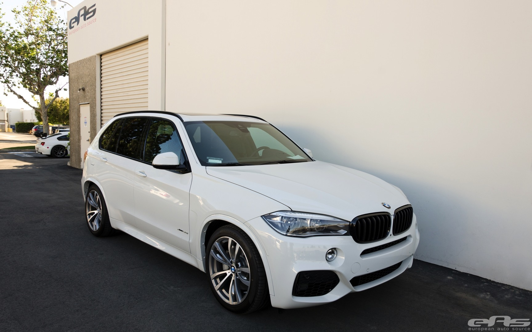 M Sport Bmw X5 Gets Low At Eas Autoevolution