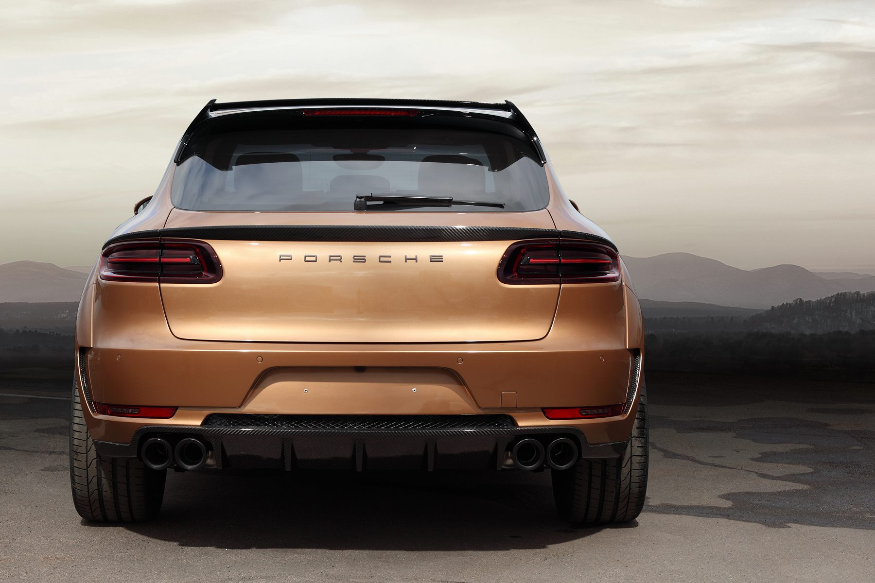 Macan Ursa By Topcar Has Gold Colored Carbon Fiber And Wood Interior Autoevolution