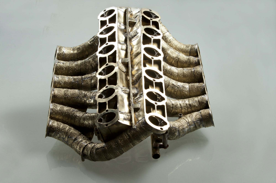 Mercedes Benz Parts >> Man Builds Mercedes-Benz V12 Engine From 53 Different ...