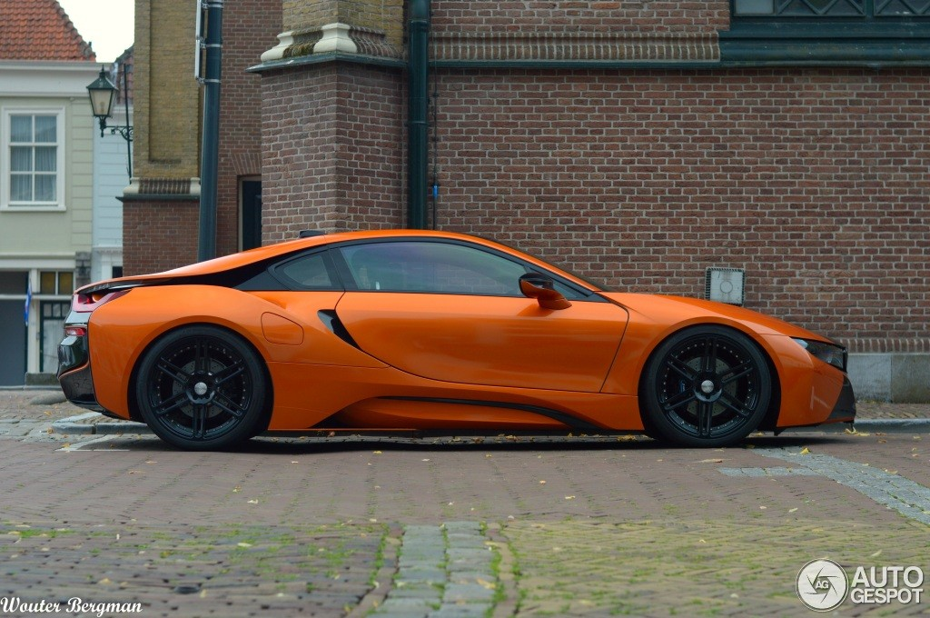 Manhart S Bmw I8 Wrapped In Orange And Black Spotted In The Netherlands Autoevolution
