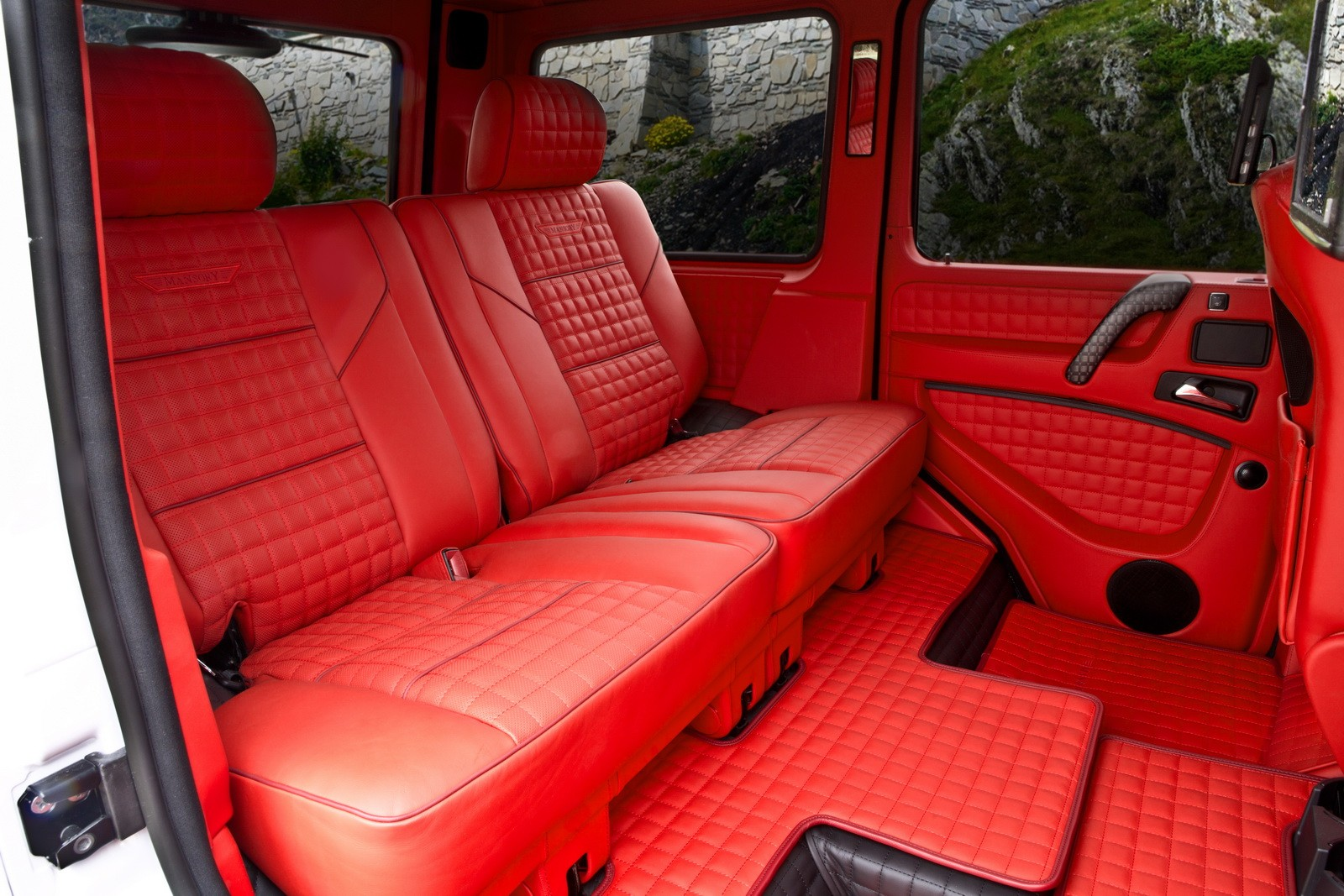 mansorys gronos has been updated is still a wild g class autoevolution - G Wagon Red Interior