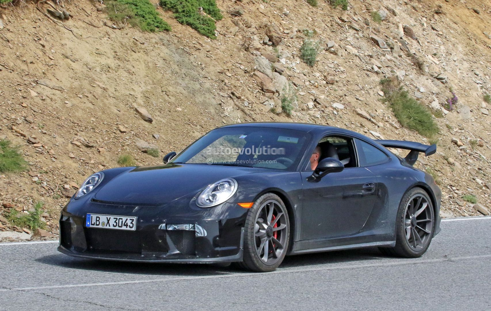 Manual Gearbox 2017 Porsche 911 GT3 (991 2) Spied with Hilarious