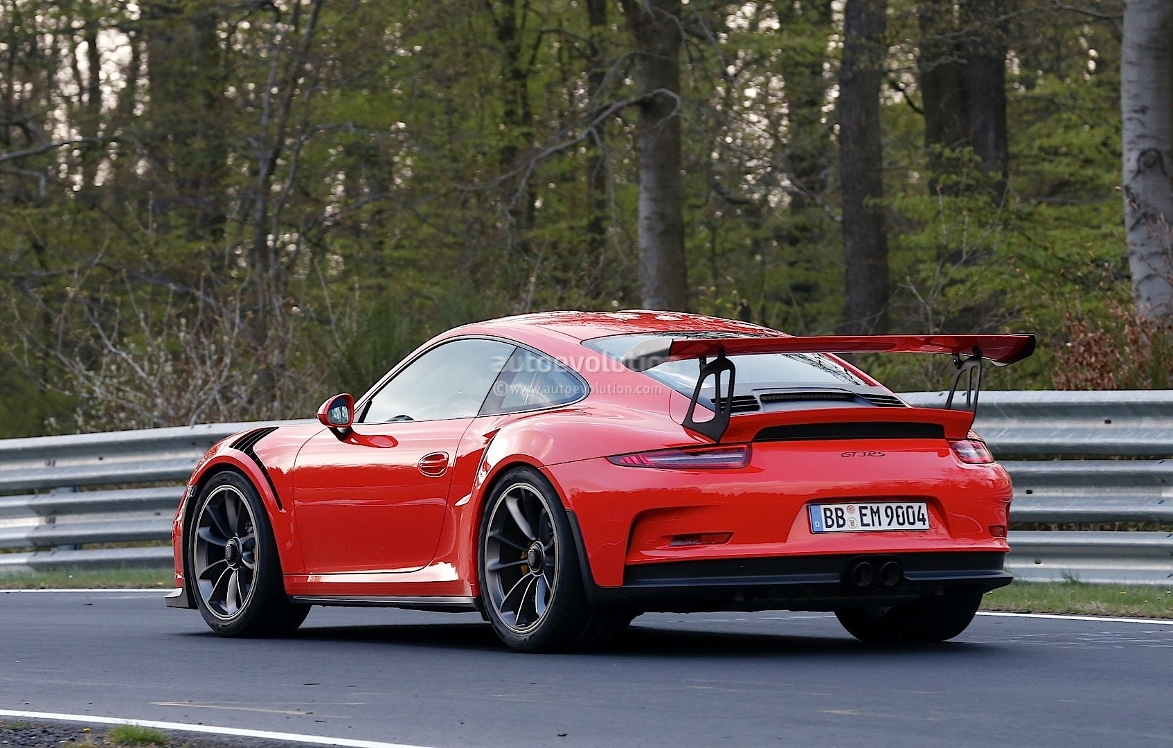 mark webber drives the 2016 porsche 911 gt3 rs on the nurburgring no lap time for now. Black Bedroom Furniture Sets. Home Design Ideas