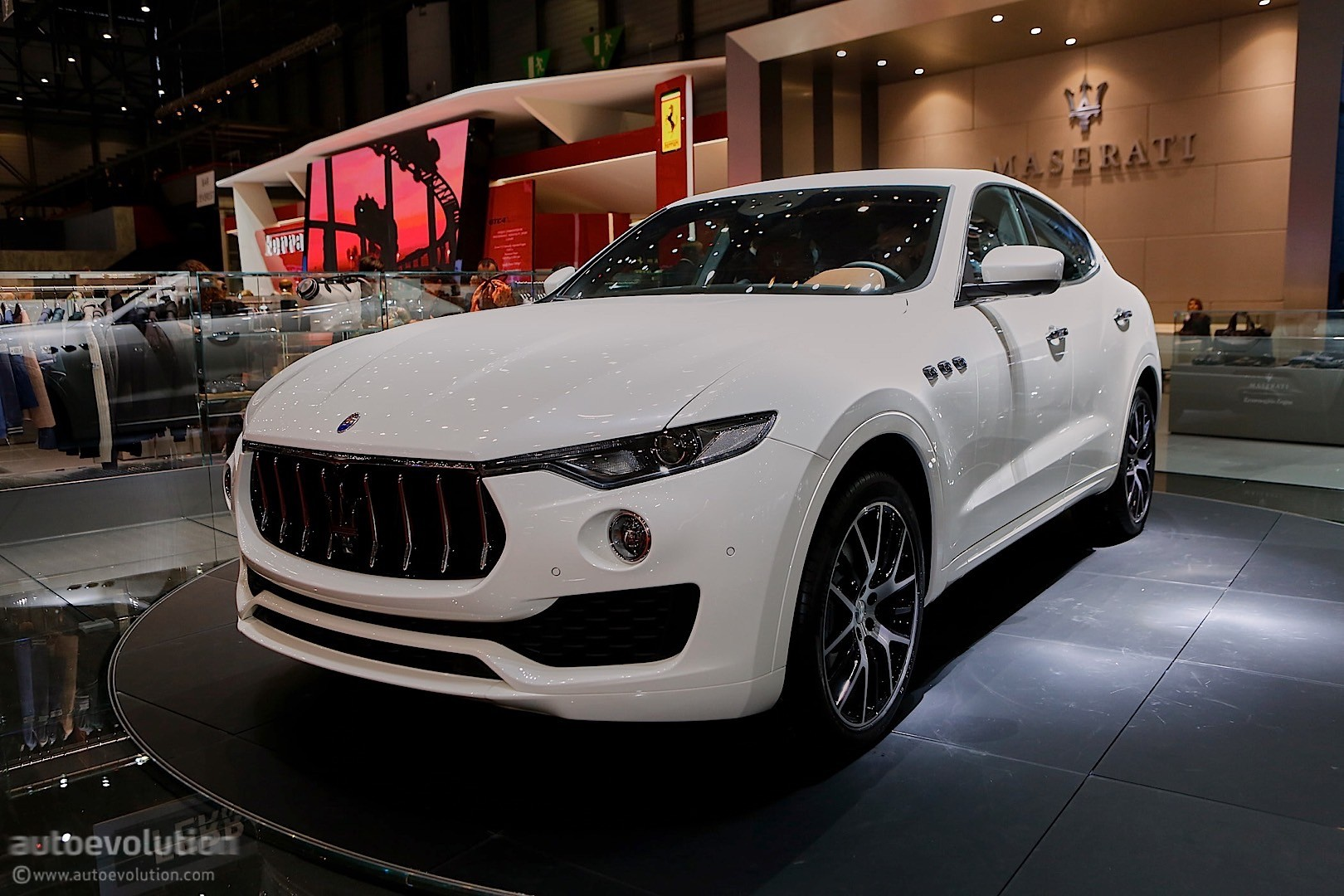 Maserati Levante SUV Looks like a Ghibli on Stilts in ...