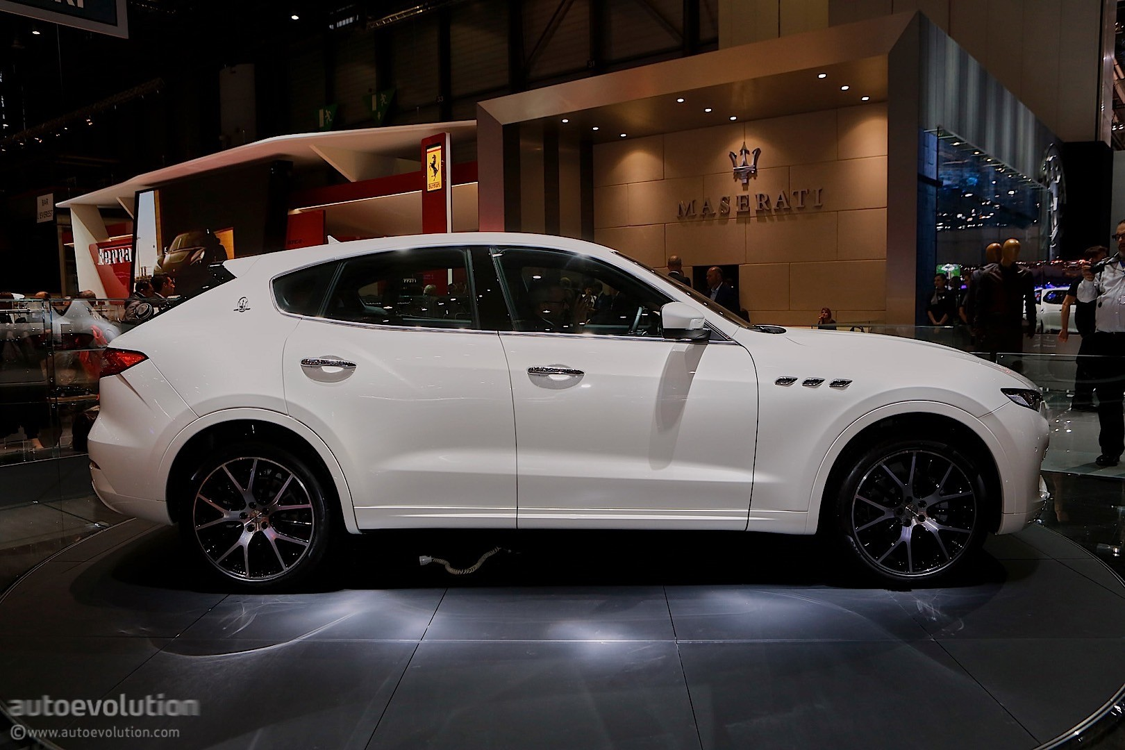 Best Suv For The Money >> Maserati Levante SUV Looks like a Ghibli on Stilts in Geneva - autoevolution