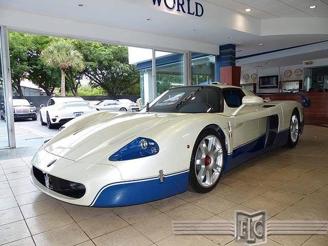 maserati mc12 for sale dealer wants a hefty million for it autoevolution. Black Bedroom Furniture Sets. Home Design Ideas