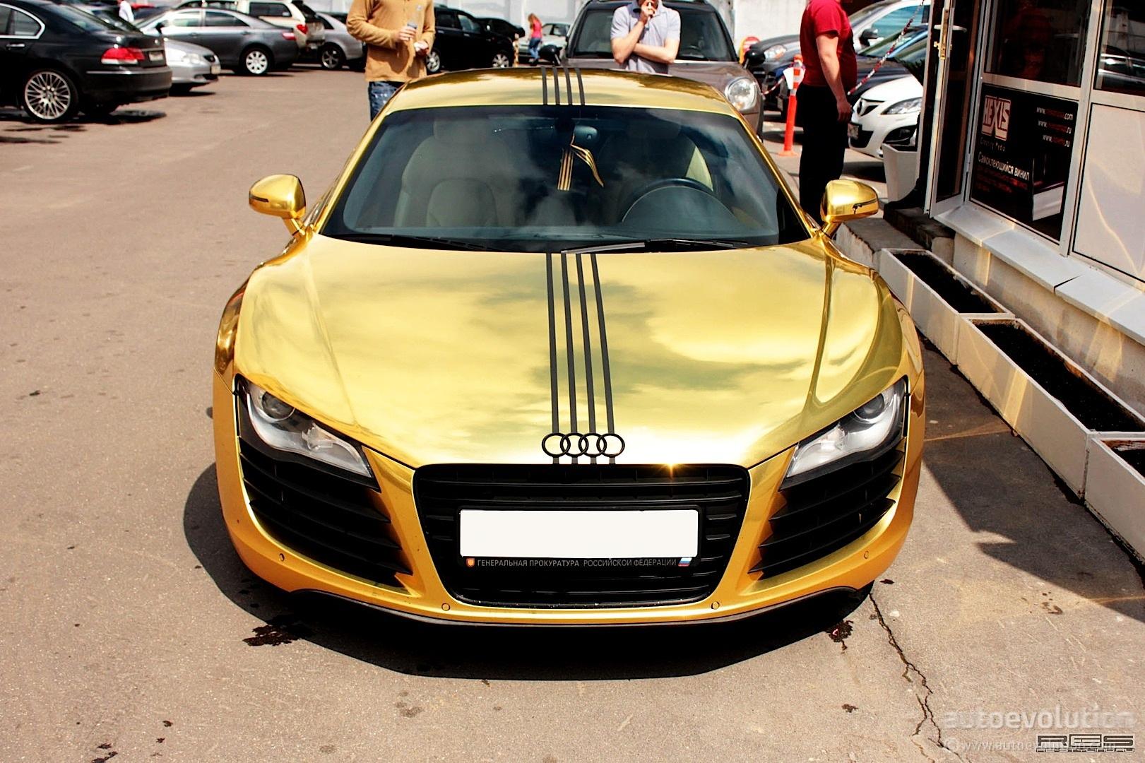 Matte Gold Audi R8 In Russia Autoevolution