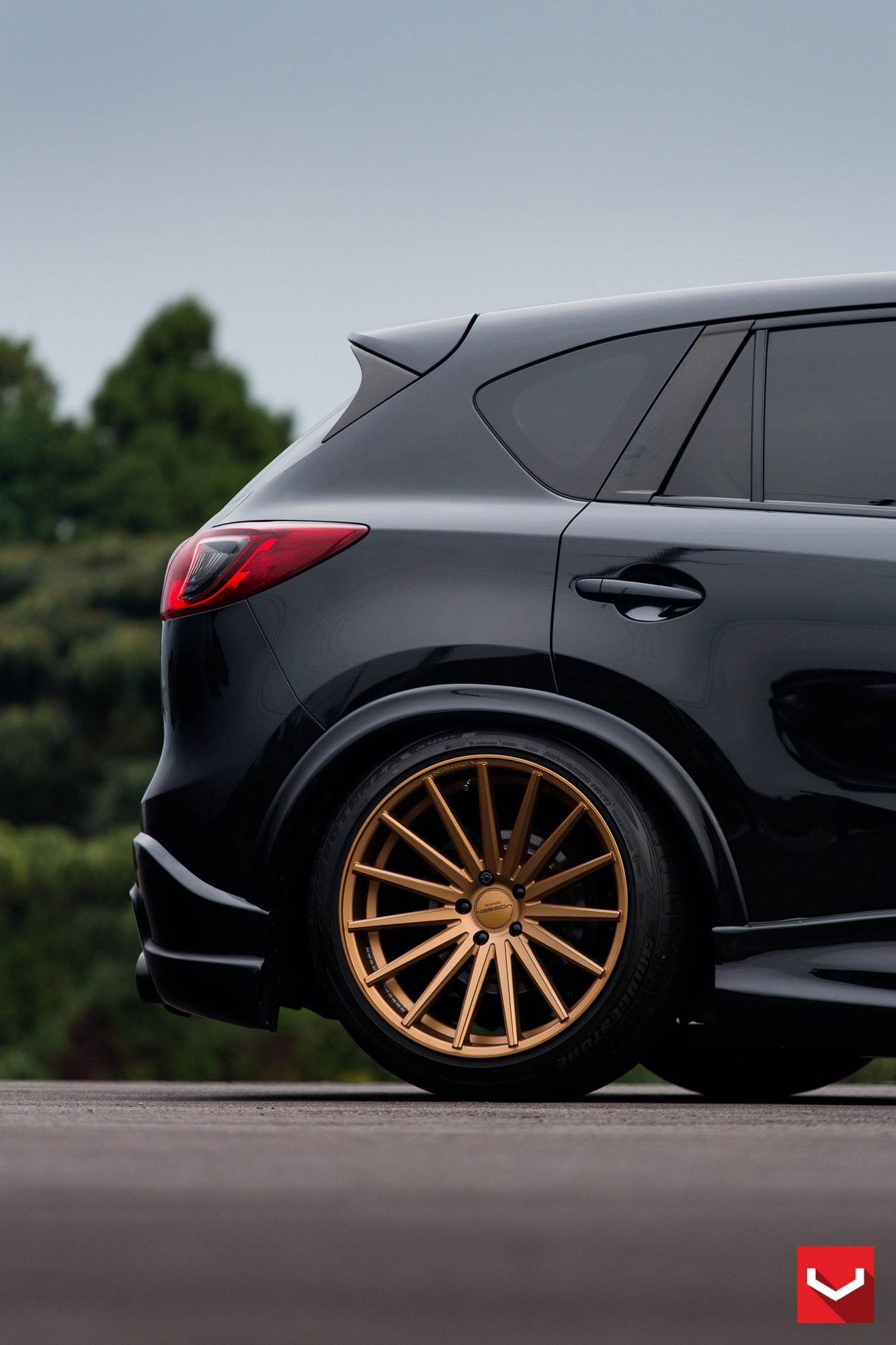 mazda cx 5 tuned with vossen wheels and air suspension autoevolution. Black Bedroom Furniture Sets. Home Design Ideas