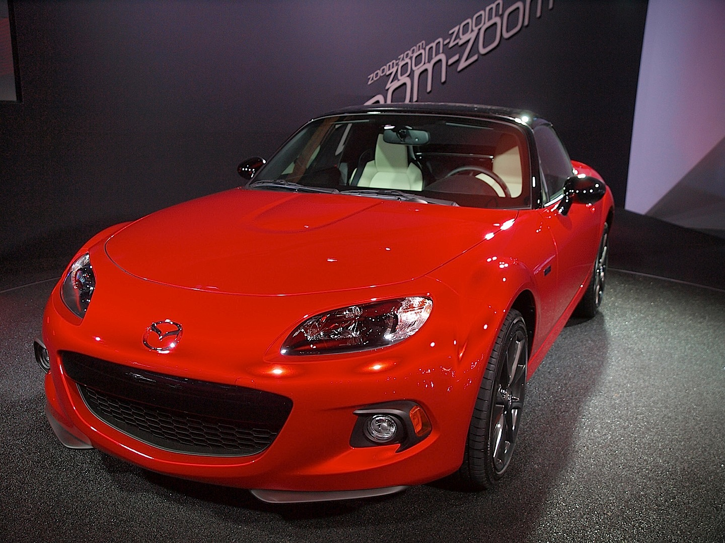 mazda mx 5 25th anniversary shown in new york live photos. Black Bedroom Furniture Sets. Home Design Ideas