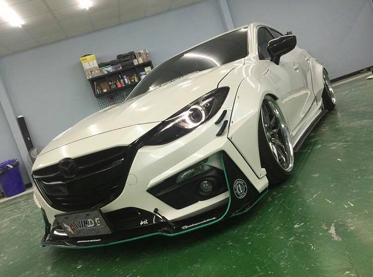 mazda3 gets awesome widebody kit in taiwan autoevolution. Black Bedroom Furniture Sets. Home Design Ideas