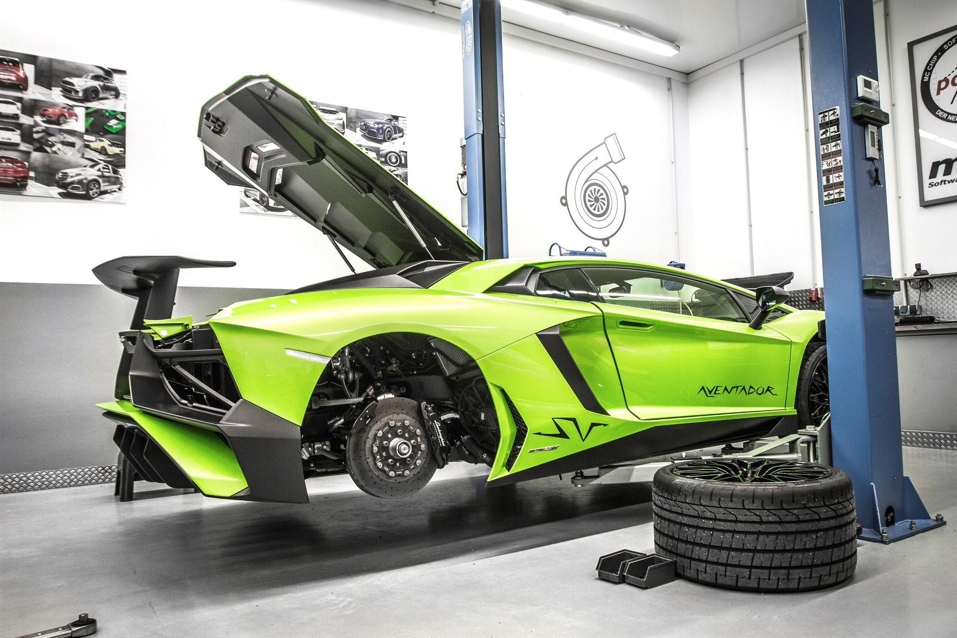 Lamborghini Aventador Sv Gets More Power And Torque From Mcchip Dkr