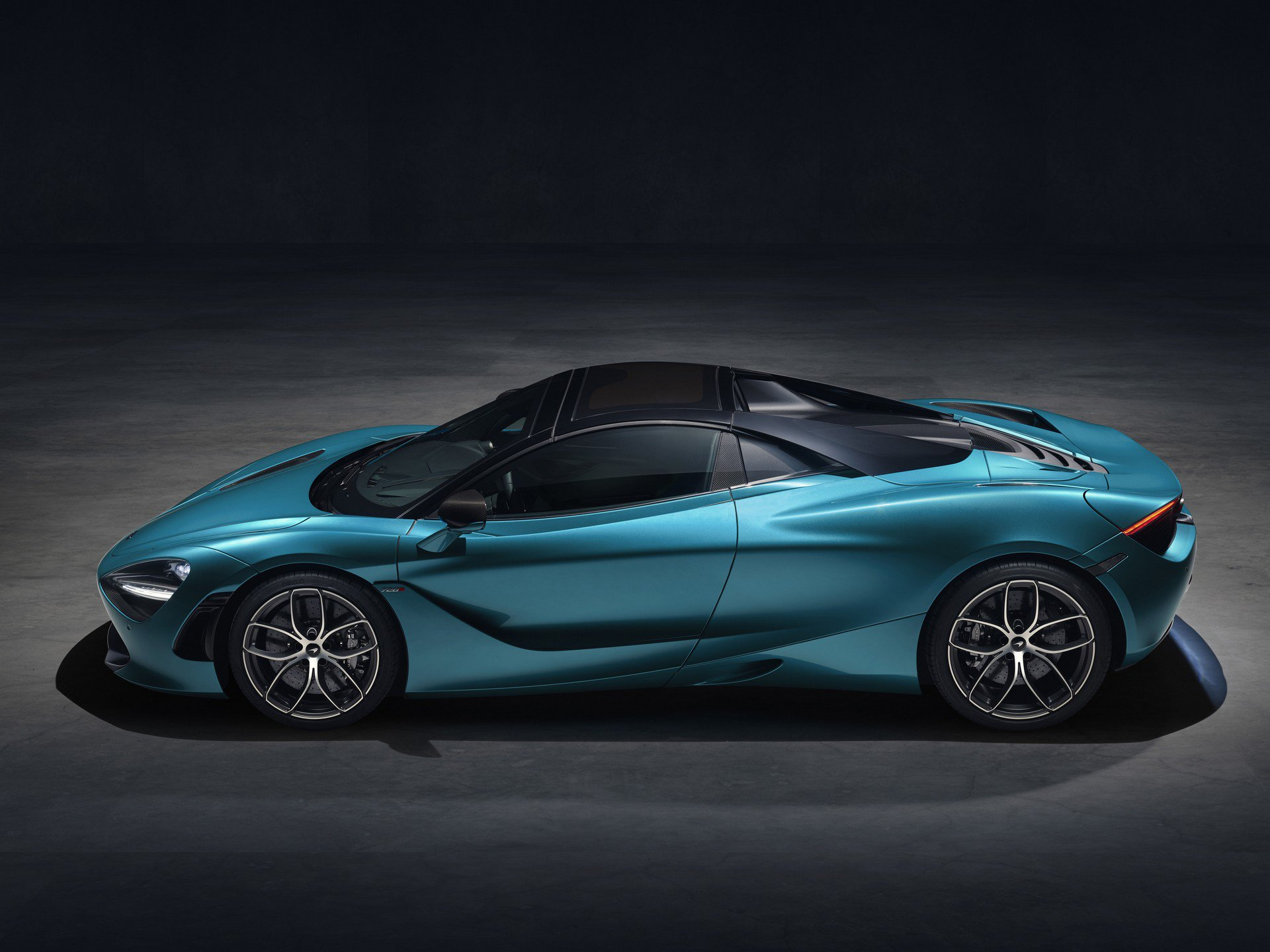 McLaren 720S Spider Debuts As Wettest Supercar Dream