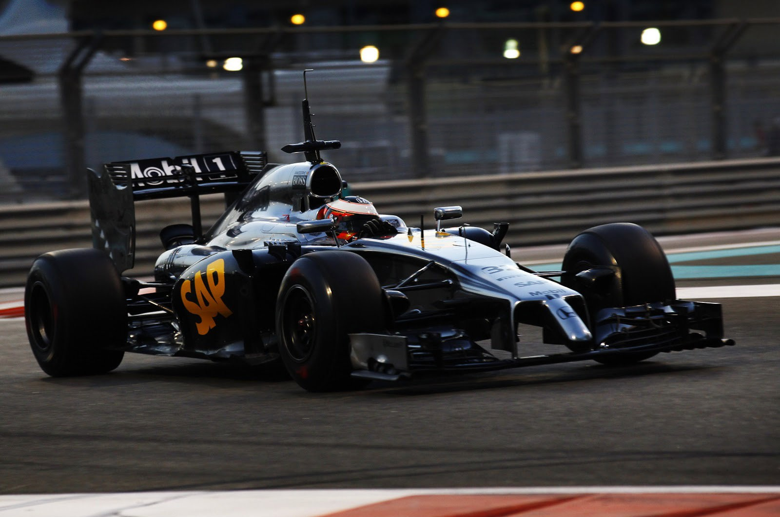 Mclaren Honda Mp4 29h 1x1 Completes Only 3 Laps In 8 Hours