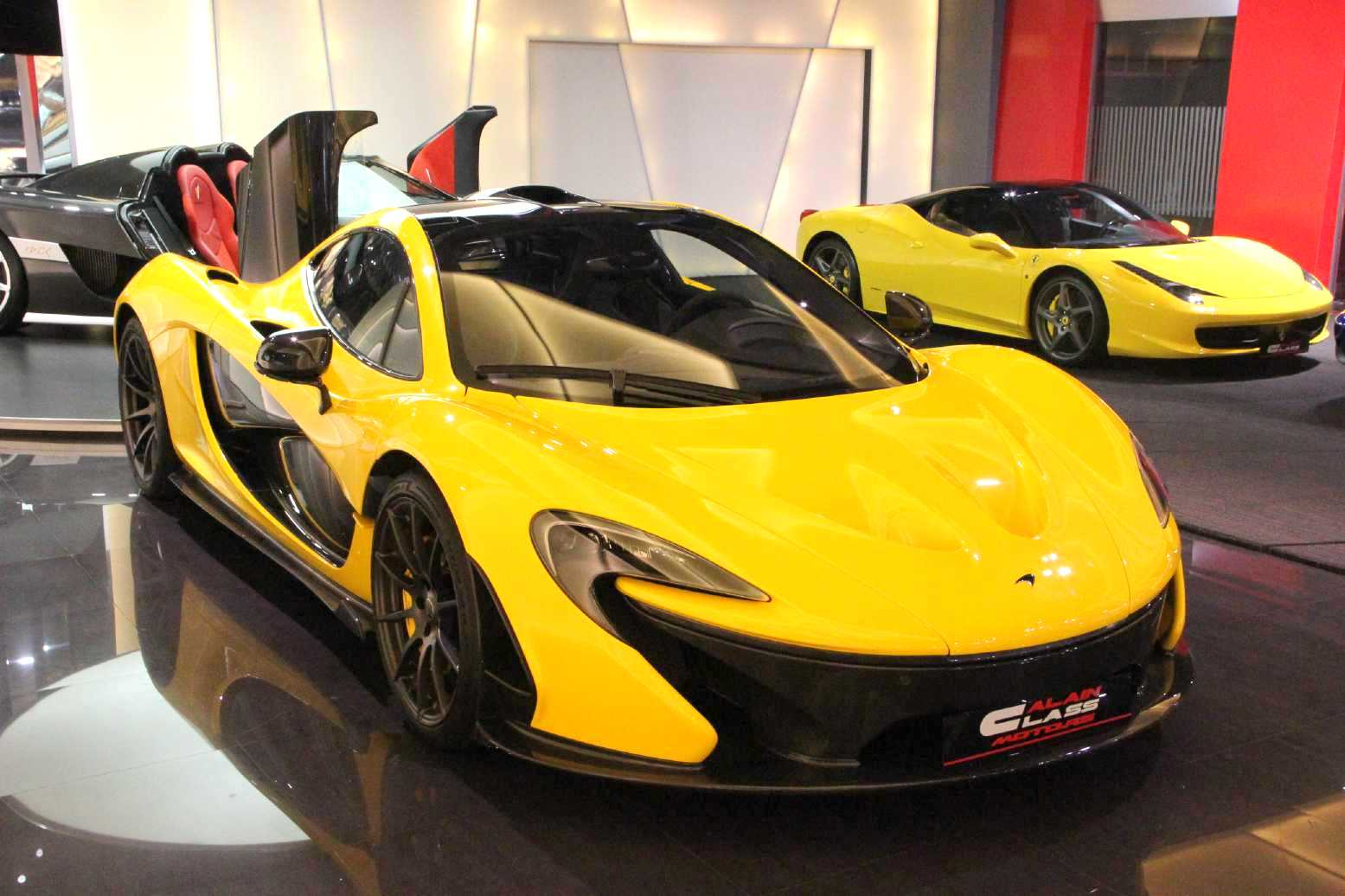 mclaren p1 062 for sale despite official sold out status autoevolution. Black Bedroom Furniture Sets. Home Design Ideas
