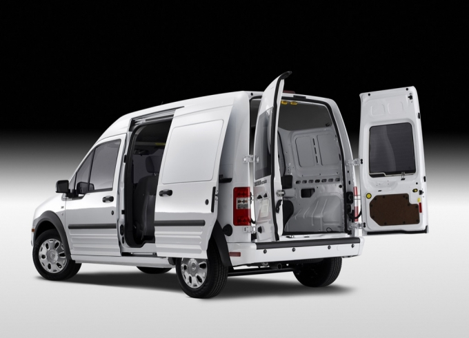 2010 Ford Transit Connect Officially Unveiled