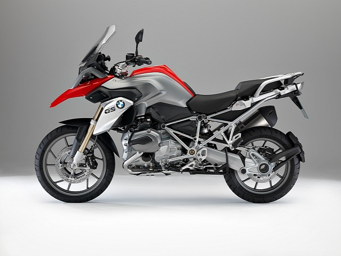2013 BMW R 1200 GS in red
