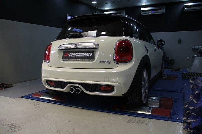 With A Minor Ecu Tweak They Tuned The Mini Cooper Up To 250 Hp And 345 Nm Of Torque That Definitely Will Give Bit More Punch