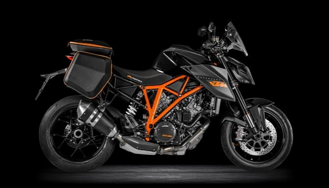 ktm 1290 super duke r comes in a touring trim now. - ktm duke 390